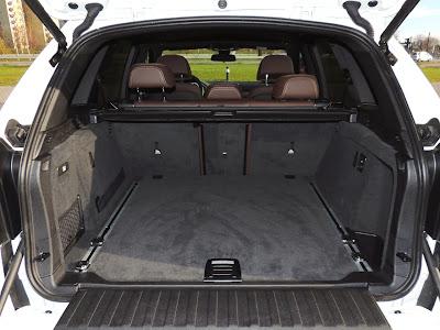 BMW X5 M50d - bagażnik