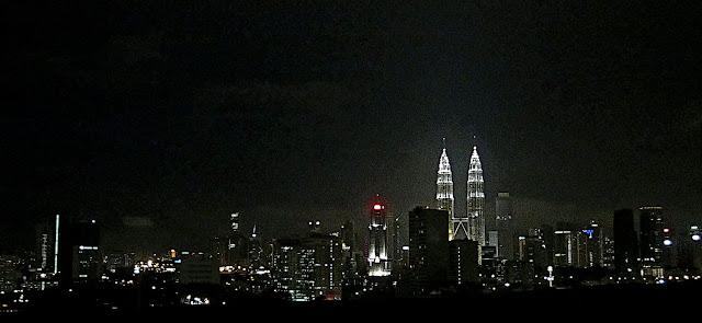 skyline of Kuala Lumpur by night