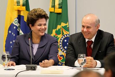 Dilma e Guido - Um Asno