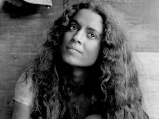 """Sonia Braga fue la primera """"Gabriela"""" en 1975. Su interpretación de ..."""