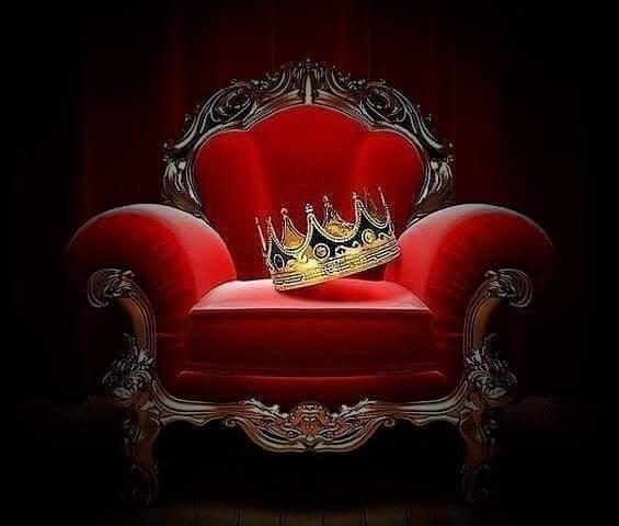 Königliche Juwelen bei Facebook