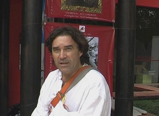 L'auteur : Christophe Gargiulo: Christophe Gargiulo est un producteur / réalisateur / photographe et journaliste qui travaille dans la région Asie-Pacifique depuis 35 ans. D'origine calédonienne, le journaliste est basé en Asie, Cambodge, depuis 2005.