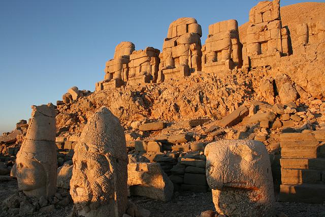 Թուրքիան փորձում է Նեմրութ լեռան հայկական սրբավայրի հաշվին աշխուժացնել «մեռնող» զբոսաշրջությունը.Ֆոտո