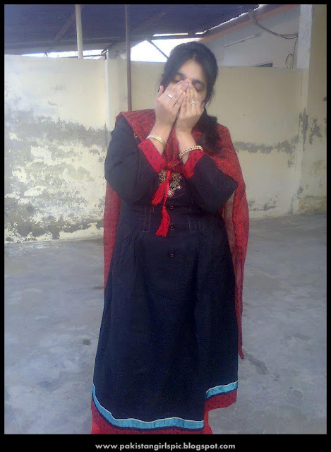 http://1.bp.blogspot.com/-ydRkg6cHZ3Y/UiyEjgWHU3I/AAAAAAAAePg/YTQIuFXVhqs/s1600/pakistani+girls+girls,pakistani+girls+girl,pakistani+girls+numbers,pakistani+girls+names,pakistani+girls+facebook,pakistani+girls+mobile+numbers+list,(Vist..+www.pakistangirlspic.blogspot.com)-2.jpg