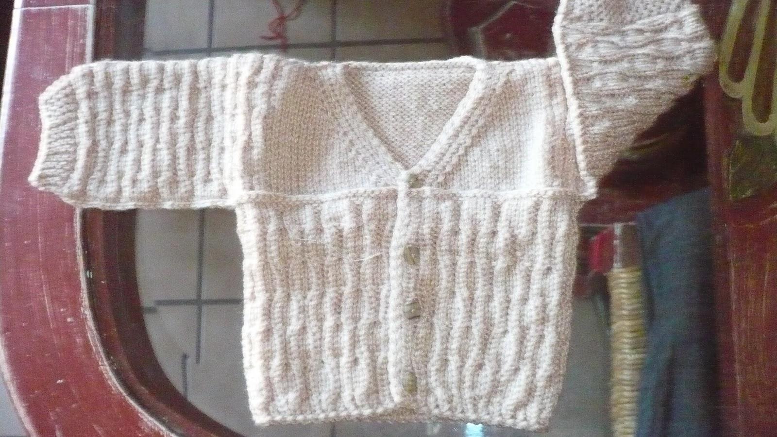 Dtejidodetalles: chambrita tejida a dos agujas para recién nacido