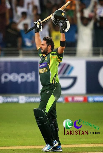 Watch Shahid Afridi Winning Six For Pakistan