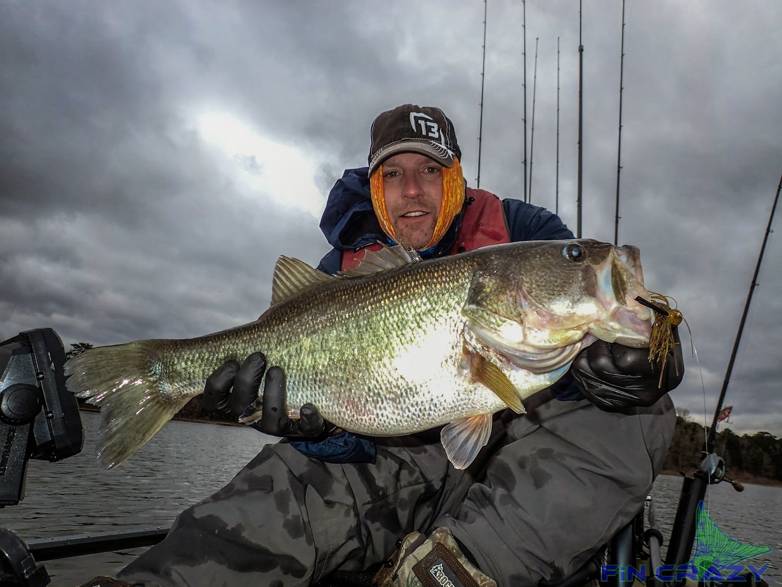 Catchn1 with captain casey going against the grain for Sam rayburn lake fishing report