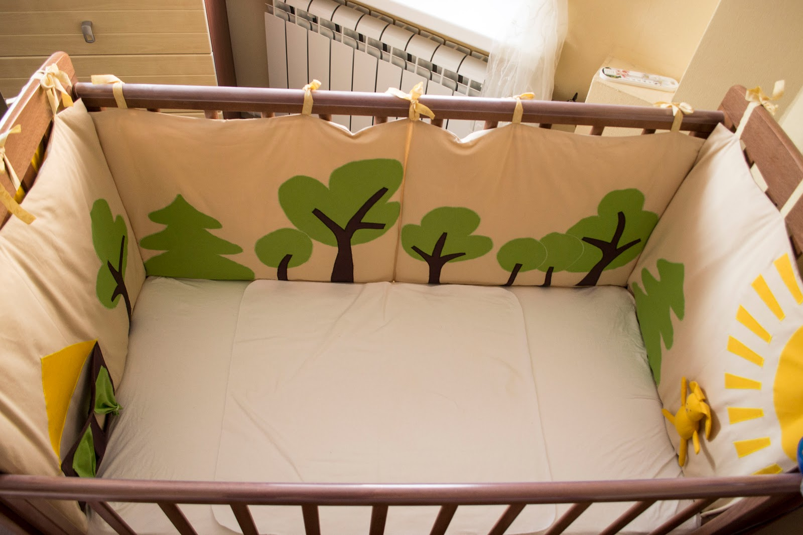 Бортики на детскую кроватку сшить своими руками