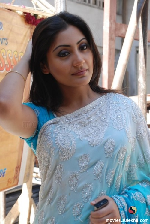 Rimi sen bollywood acters - 3 4