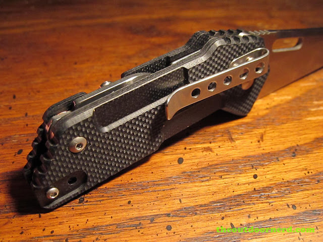 Sanrenmu GB-T11 Pocket Knife - closeup of clip