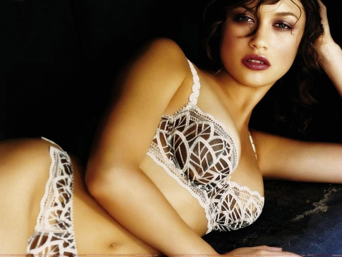 Olga Kurylenko HD Wallpaper -03