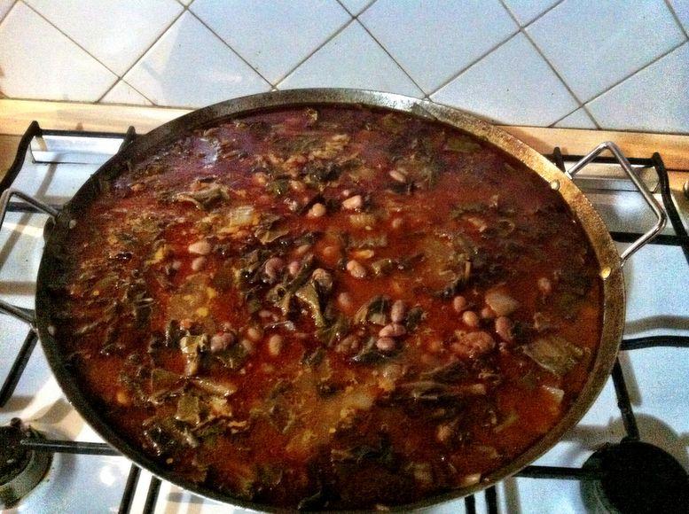 Storie di cucina bietole e fagioli in padella di ferro - Racconti di cucina ...