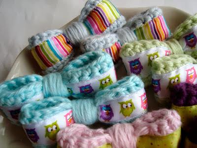 free crochet pattern sweet little bows