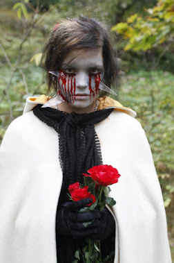 Dead bride: Johanna tuominen. Make-up: Ari Savonen.