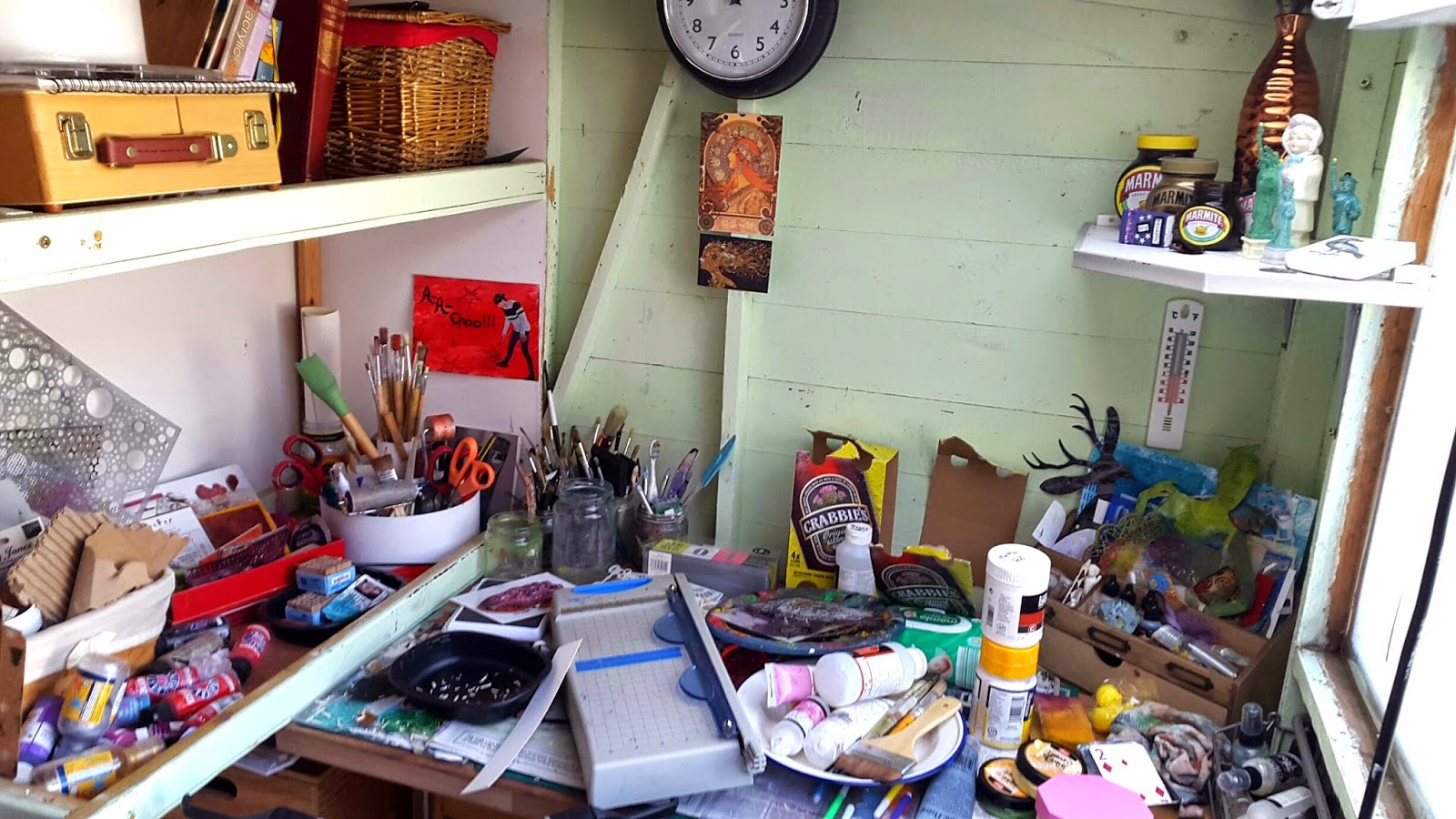 Whoopidooings: What's On Your Workdesk Wednesday, WOYWW - Shedio desk