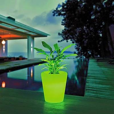 Maceta con Luz LED cambiante