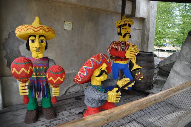 Windsor+Legoland+amigo+musicians