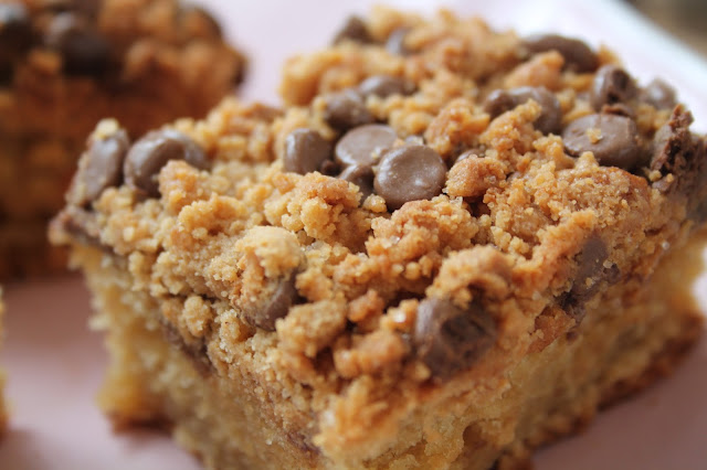 peanut butter crumble