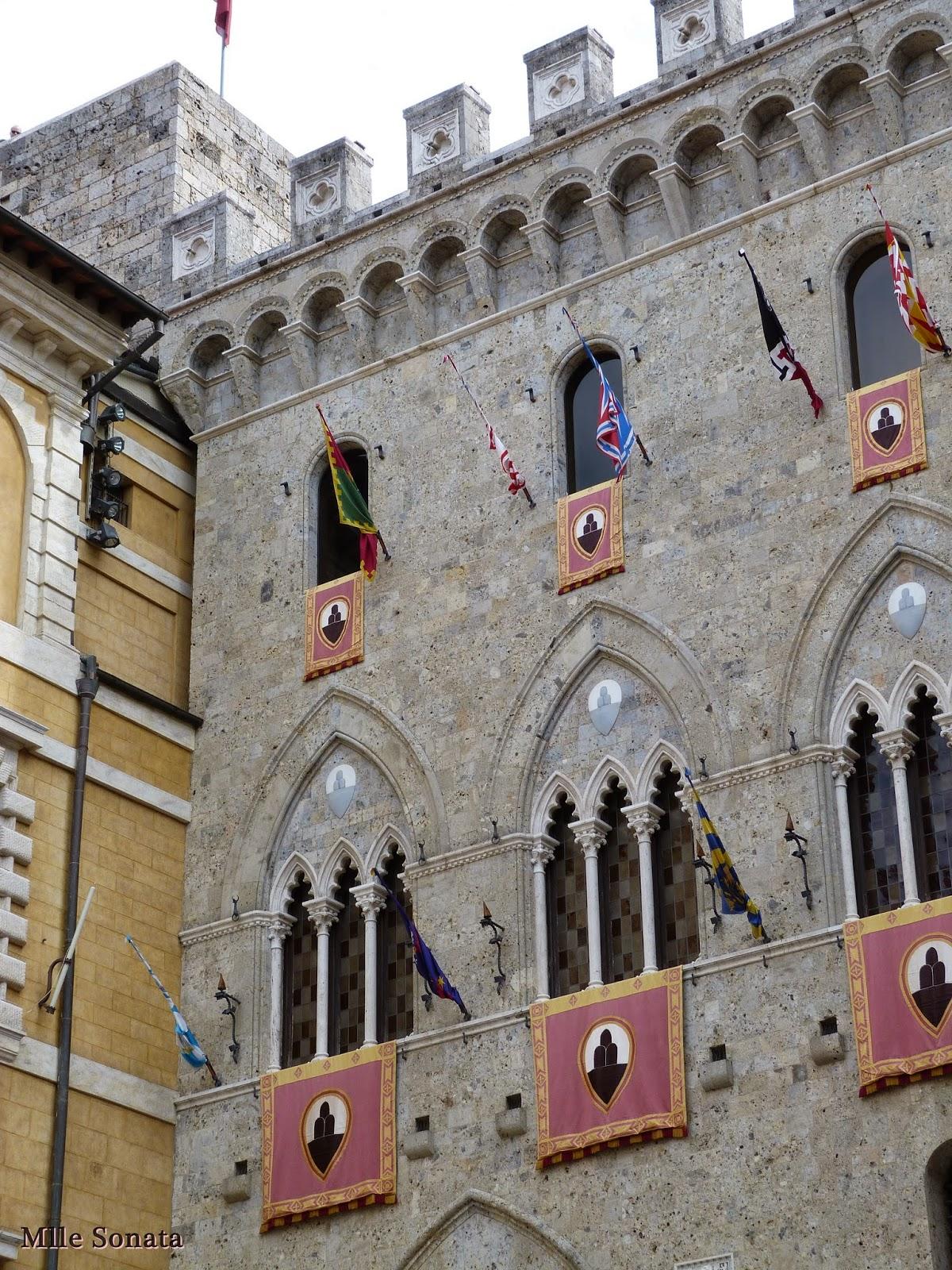 Voyage Italie Sienne Monte dei Paschi