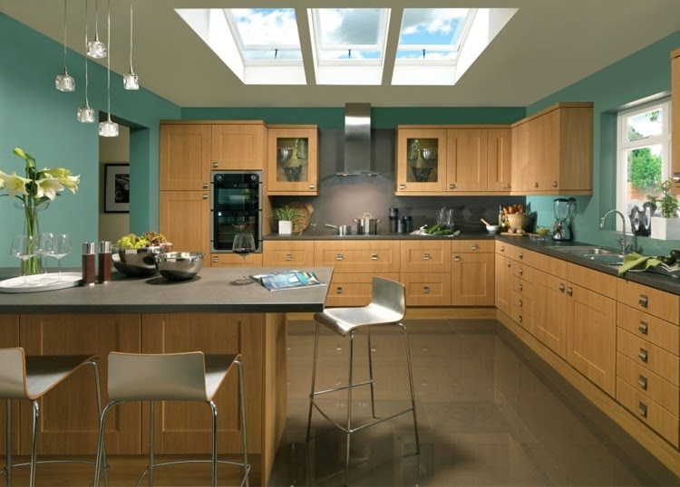 Contrasting kitchen wall colors 15 cool color ideas Kitchen design wall color ideas