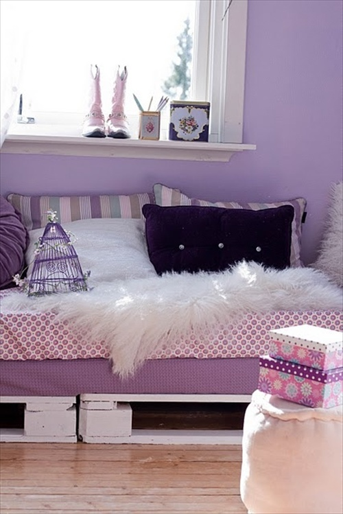 34 diy ideas best use of cheap pallet bed frame wood for Sofa cama colores