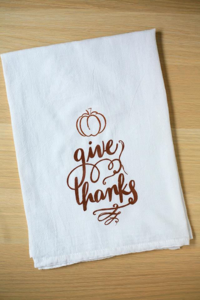 Diy Thanksgiving Tea Towel Silhouette Stencil Tutorial Discount Rhcreateenjoy: Thanksgiving Kitchen Towels At Home Improvement Advice