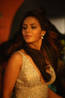 Neetu Chandra Latest  Pictures from Khiladi Telugu Movie