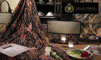 koleksi batik iwan tirta
