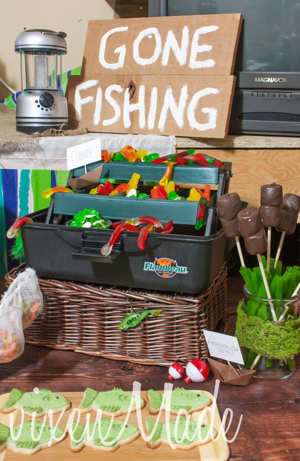 Vixenmade fishing themed party for Fishing party ideas