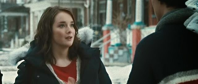 Allie MacDonald as Eve.