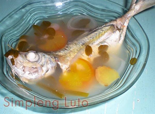 Bicolano Fish Cosido (Sinigang sa Kalamansi)