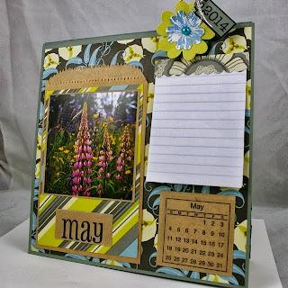 SRM Stickers Blog - Michelle Giraud - #calendar #minicalendar #months #kraftbags