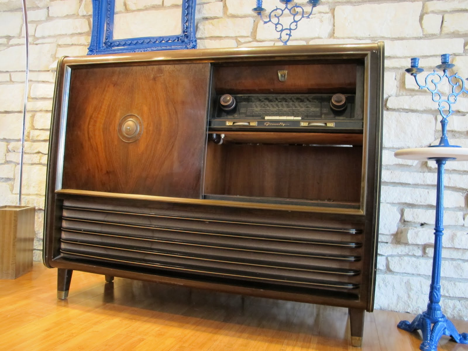 Mad For MidCentury MidCentury Austin Find Retro Stereo And Bar - Mid century modern furniture austin