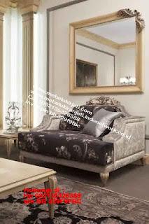 Toko mebel jati klasik jepara,sofa cat duco jepara furniture mebel duco jepara jual sofa set ruang tamu ukir sofa tamu klasik sofa tamu jati sofa tamu classic cat duco mebel jati duco jepara SFTM-44058