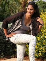 Shilpa Varma Latest Sizzling Photos-cover-photo