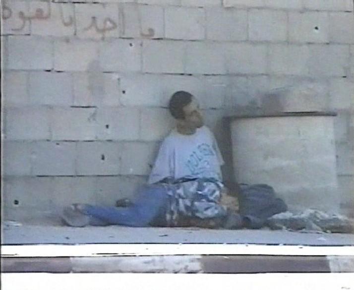 http://1.bp.blogspot.com/-yhCvRve4hGA/UQJiTxzgkEI/AAAAAAAAKKs/BrB5sxvUa8k/s1600/Al-Dura+impacts+mur.jpg