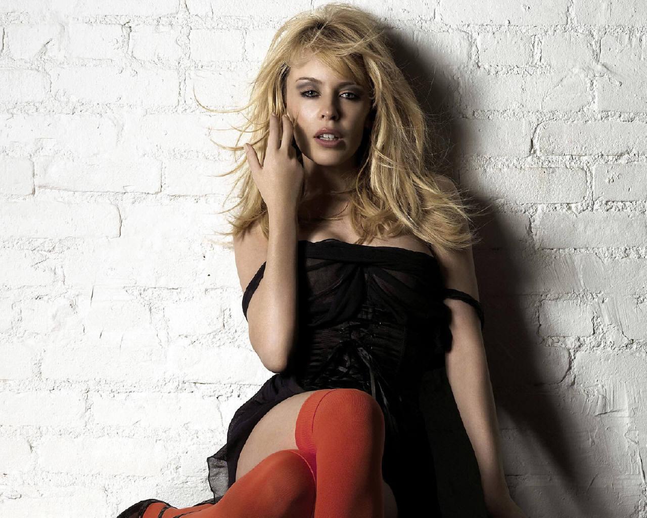 http://1.bp.blogspot.com/-yhMBzkkJiNk/UBjbTliQdvI/AAAAAAAAN3g/2_Wkc-9tpVs/s1600/Sexy_kylie_minogue_hot111111+(13).jpg