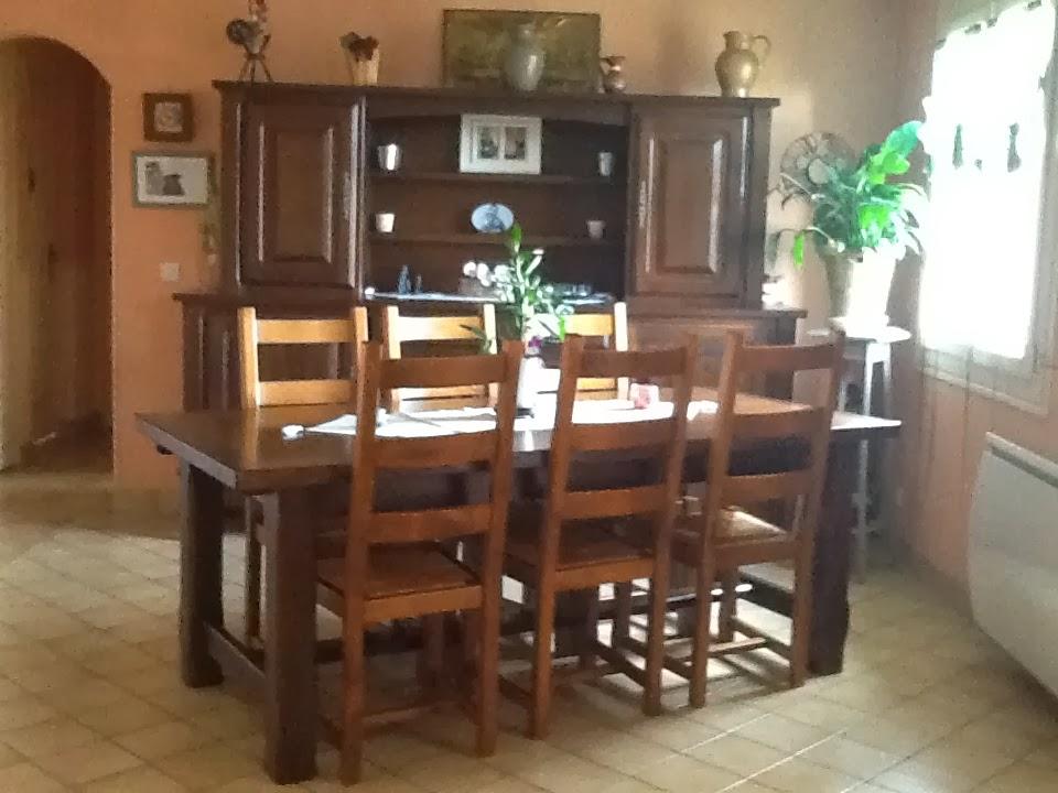 L\'Atelier Déco du Capagut: La salle à manger d\'Anne-Marie