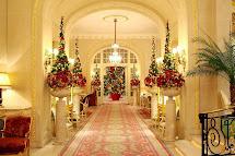 Hotel Lobby Christmas Decorations