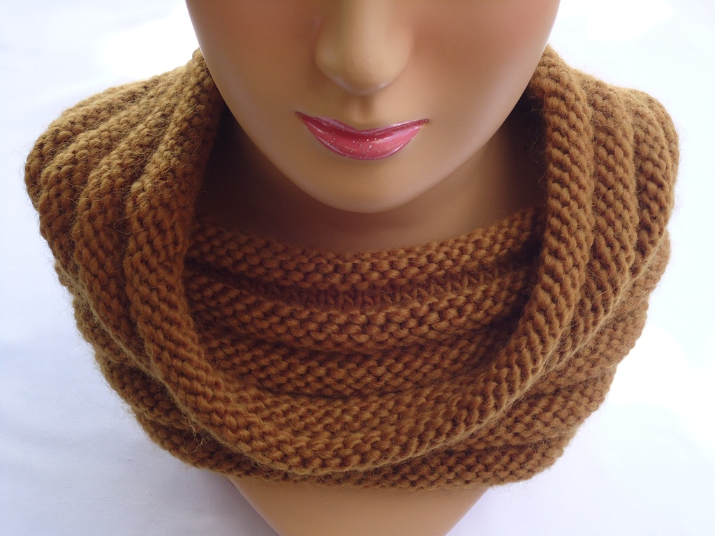Easy Cowl Knitting Patterns : Stitch of Love: Knit ribbed cowl