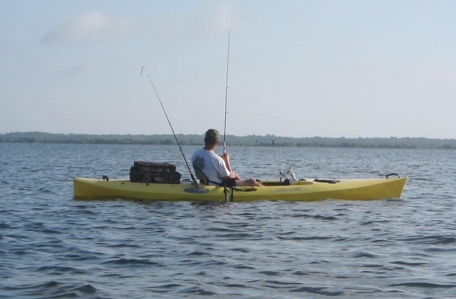 Kayak angling for big fish n indian river lagoon fishing for Indian river fishing