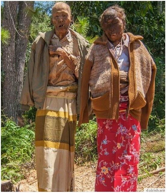 Hanya Di Indonesia Beraya Bersama Mayat
