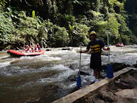 arrived at the Ayung river, ready for rafting