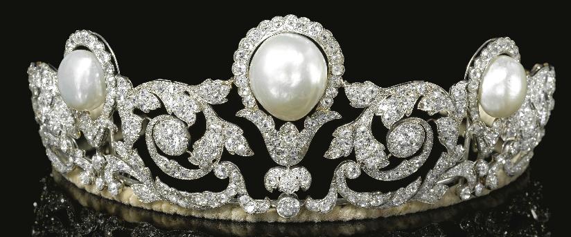 تيجان ملكية  امبراطورية فاخرة Pearl+diamond+floral+scroll+tiara+crown+diadem+chaumet+1920