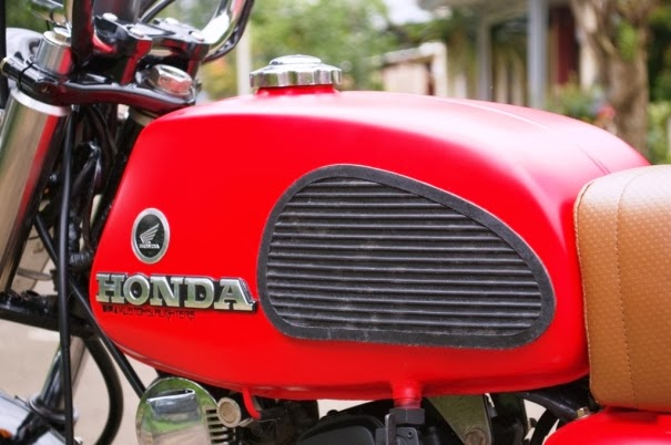 Tangki bahan bakar adopsi milik Honda Twin