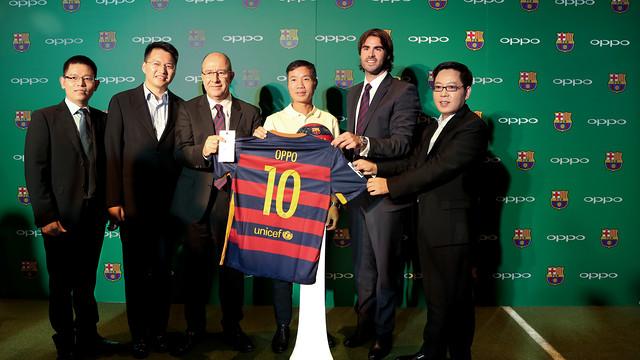 OPPO presenta en Pekín su acuerdo con el FC Barcelona
