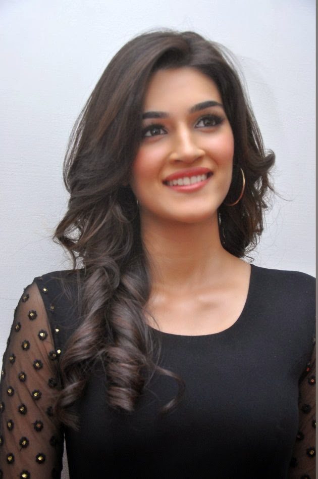 Kriti Sanon latest Photos - Telugu Actress Body ...