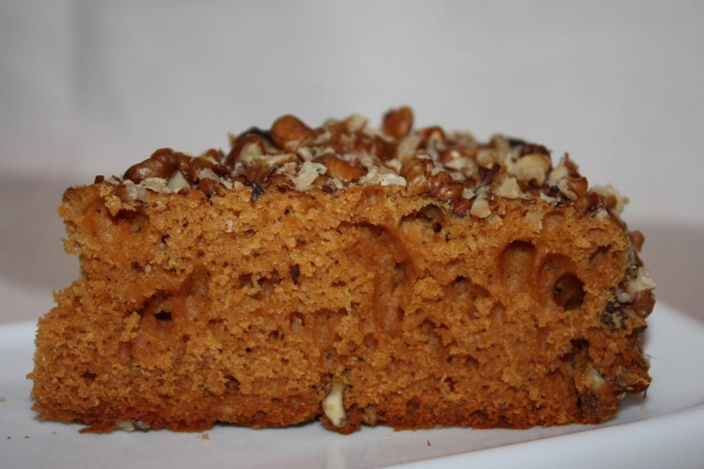 Простой торт медовик в мультиварке