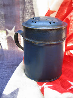 liberty blue sugar shaker