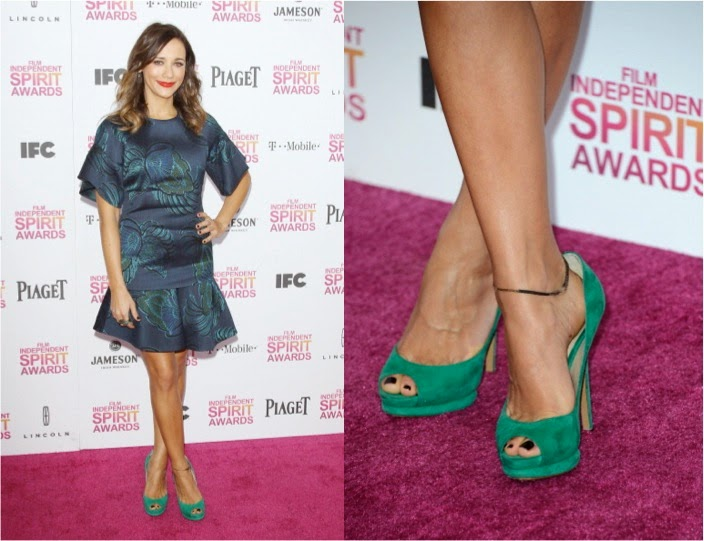 Rashida Jones wearing an ankle bracelet